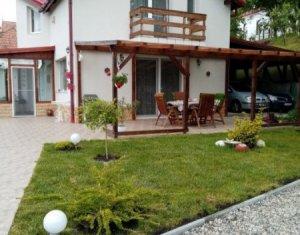 House 3 rooms for sale in Gheorghieni, zone Centru