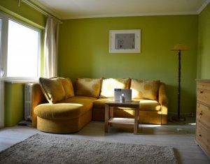 Vanzare apartament 3 camere decomandate, finisat si mobilat, boxa, Piata Cipariu