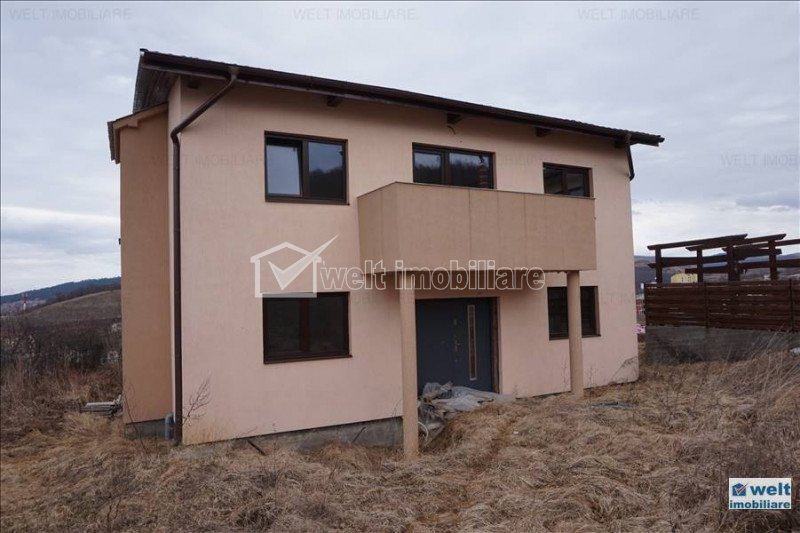 Casa cu 5 camere, 184 mp utili, Floresti, zona Teilor