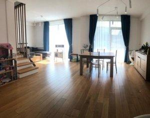 Ocazie - Casa la inceput de Borhanci, mobilata, utilata, strada privata, curte