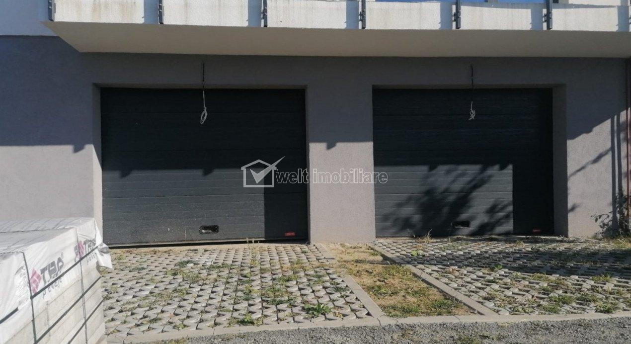 Imobil cu 2 apartamente, 82 mp, curte privata 63 mp, 2 garaje, boxa