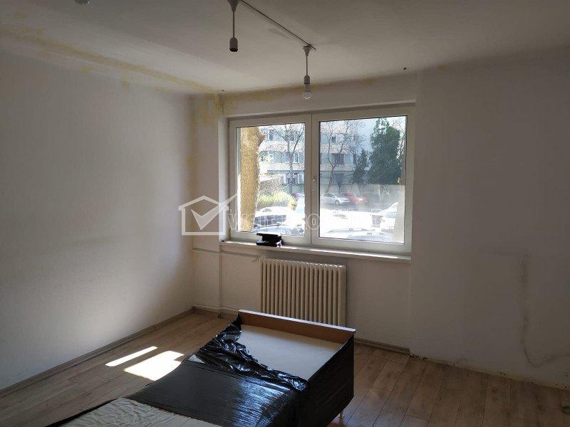 Vanzare apartament 2 camere in centru, Piata Mihai Viteazu