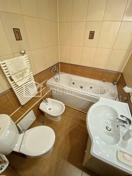 Inchiriere apartament 4 camere decomandate, Gheorgheni, b-dul Nicolae Titulescu