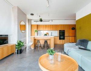 Apartament Ultrafinisat, 2 camere, 55mp, terasa 16mp, etaj 6, garaj, boxa Centru