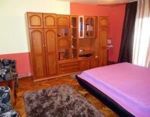 Vanzare 3 camere decomandate Zorilor, zona Pasteur. etaj 1
