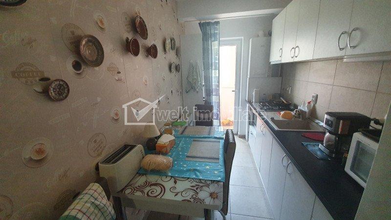 Apartament cu 2 camere, decomandat, mobilat si utilat modern, Eroilor, Floresti