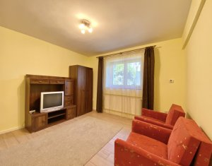 Inchiriere Apartament cu o camera, zona centrala, strada Ploiesti