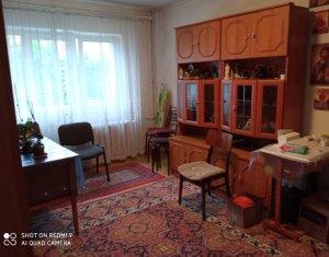 Apartament 4 camere, decomandat, etaj 3, cartier, Zorilor, zona USAMV
