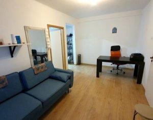 Apartament cu doua camere, mobilat si utilat, zona ultracentrala