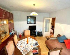 Comision 0, apartament 4 camere, 80 mp, etaj intermediar, Gara