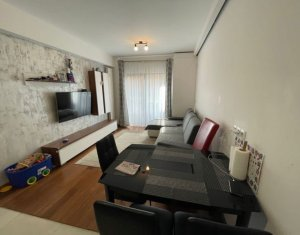 Vanzare apartament 3 camere, parcare, situat in cartier Zorilor