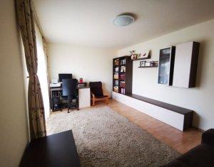 Apartament 4 camere, 80 mp, decomandat, etaj intermediar, Zorilor