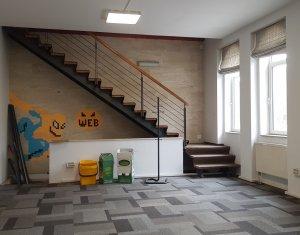 Bureau à louer dans Cluj-napoca, zone Andrei Muresanu