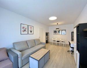 Inchiriere apartament 2 camere decomandate, garaj inclus, Record Park