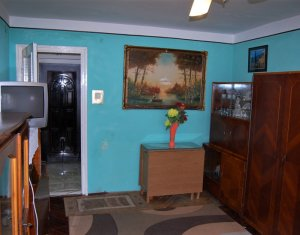 Apartament 2 camere, decomandat, clasic, in Manastur