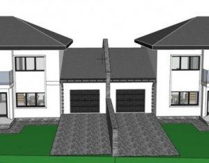 House 4 rooms for sale in Dezmir, zone Centru