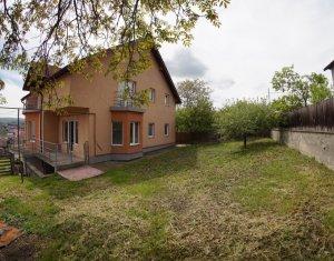 Vanzare casa individuala Dambu Rotund, 300 mp, cu teren de 720 mp