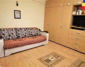Apartament cu o camera, decomandat, etaj 1, parcare, cartier Bulgaria