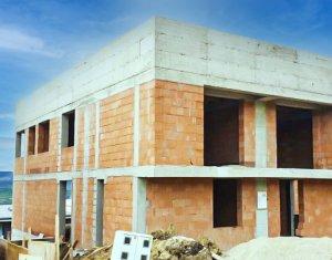 Duplex 5 camere, 130 mp, view superb, zona Voronet, Iris