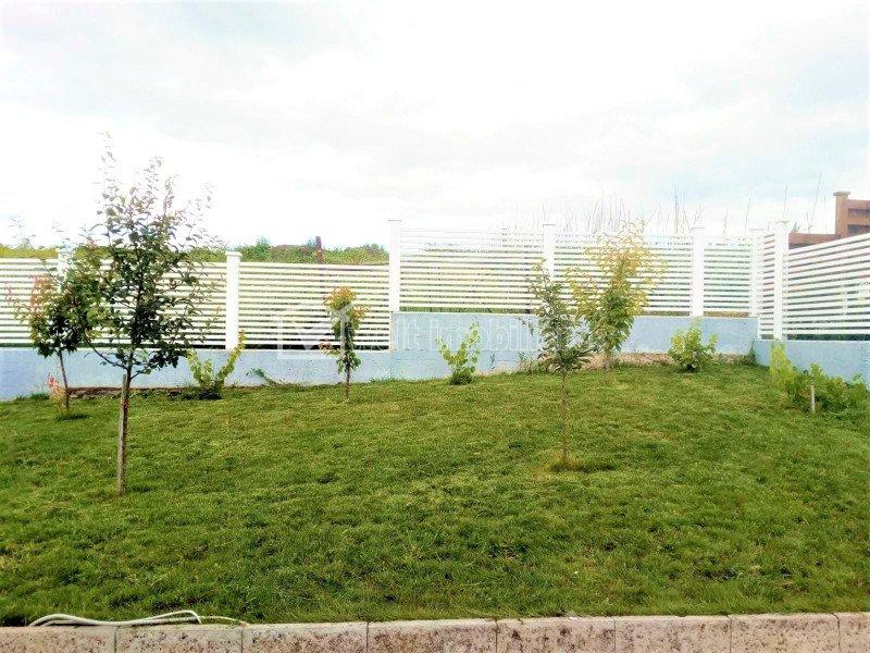 Duplex in Borhanci, teren 400 mp, 3-4 dormitoare,  4 locuri parcare