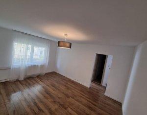 Apartament cu 2 camere de vanzare zona Piata 14 iulie, renovat total