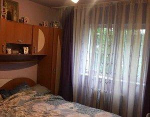 MANASTUR - Apartament de 2 camere, decomandat, zona McDonald's