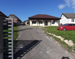 Casa in Salicea, la strada principala, 97mp utili si 1942 mp curte