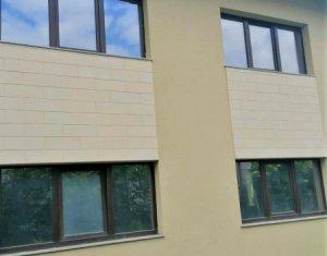 Casa pentru 1-2 familii,  424 mp teren, baza sportiva Gheorgheni.