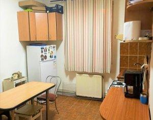 Apartament 2 camere+birou, decomandat, 74 mp, zona strazii Titulescu!