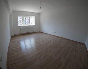 Apartament 2 camere + balcon inchis, 52 mp, decomandat, RENOVAT, zona Fabricii