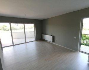 Apartament 3 camere 82 mp, terasa 27, garaj, Gheorgheni