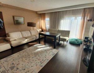 Apartment 3 rooms for rent in Floresti