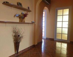Apartament 4 camere decomandate, 2 bai, zona Iulius & FSEGA