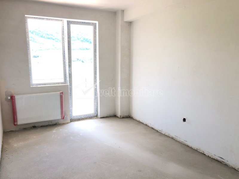 Apartament 2 camere, 40 mp, etaj 3, zona Terra