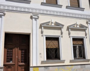 Exclusivitate! Imobil secolul XIX, locuinta sau birouri, 160 m, centru.