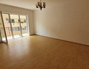 Apartament cu 2 camere, decomandat, Floresti, strada Florilor