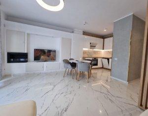 Apartament superfinisat, 2 camere + terasa, etaj 2, panorama!