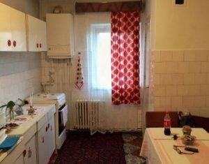 Ocazie! Vanzare apartament 4 camere, 2 bai, balcon, Marasti, etaj 2, garaj