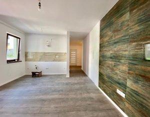 Apartament 3 camere, cu garaj, situat in Floresti, zona Sub Cetate