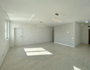 Inchiriere apartament de lux cu 3 camere, imobil deosebit, cartier Gheorgheni