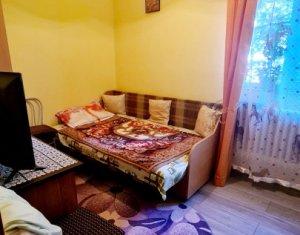 Apartament 2 camere, semidecomandat, 28 mp, etaj 1 din 4, Gheorgheni