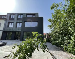 House 8 rooms for sale in Cluj-napoca, zone Zorilor