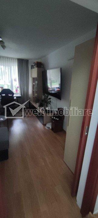 Apartament 2 camere, decomandat, parter inalt, zona Royal, Gheorgheni