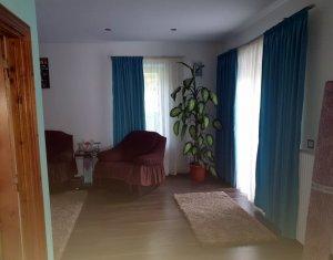 Vanzare casa 5 camere Dej, zona linistita, finisata modern