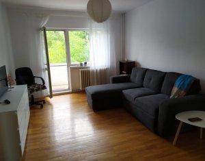 Apartament cu 3 camere, decomandat, 64mp, 600 m UMF