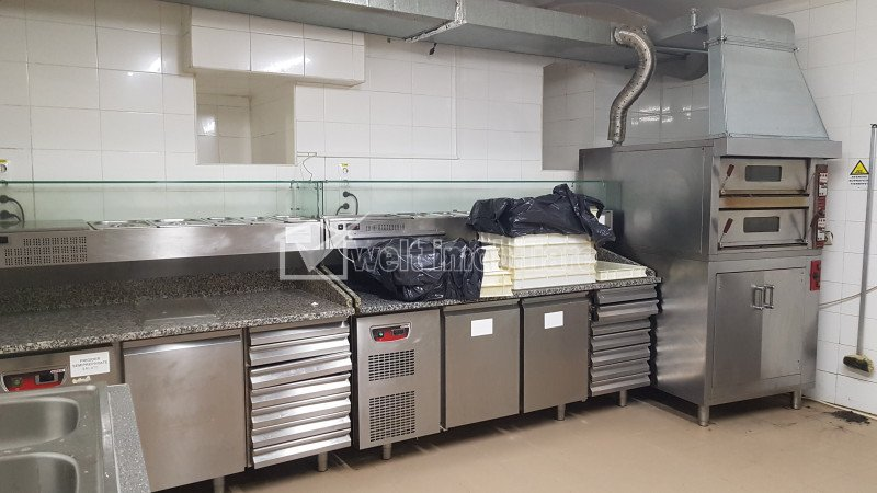Bucatarie complet echipata Delivery Catering centru, Camera de Comert