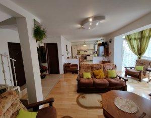 Apartament cu 5 camere + mansarda + garaj, la intrare in Borhanci