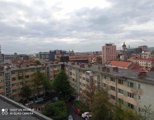 Vanzare apartament 2 camere, 50 mp, decomandat, ultracentral