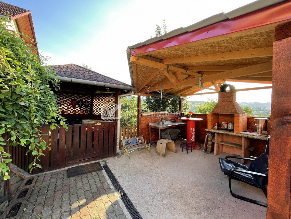 Casa individuala, Borhanci, 194 mp utili, teren 645 mp, garaj, panorama superba