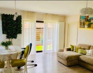 Apartament vanzare 3 camere, 75 mp, cu gradina, zona Coposu, D.Rotund